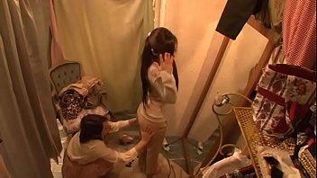 एशियाई लेस्बियन शॉप सहायक