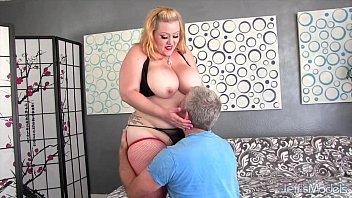 बिग गधा और स्तन लड़की
